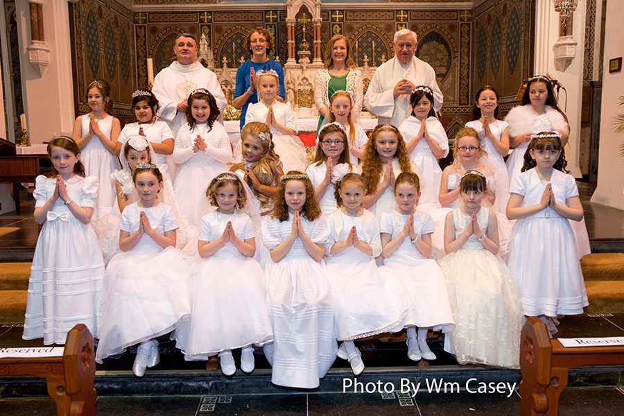Communion_girls_2014.jpg