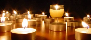 Candlelight & Chant create a beautiful atmosphere conducive to deep prayer and meditation.